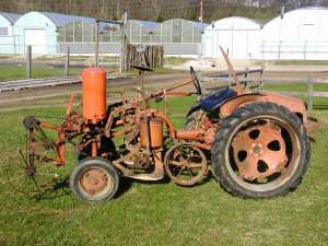 Picture of the tractor completely put together prior to tear down.